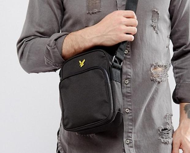 Małe torby typu listonoszka
